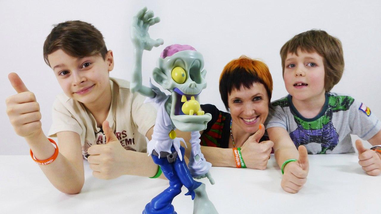 Зомби Игры! Маша в гостях у Дани и Адриана. Как не стать зомби? Видео для детей