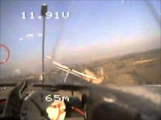 Rc-plane shoots successfully a second rc-plane with an airsoft-machine-gun!2