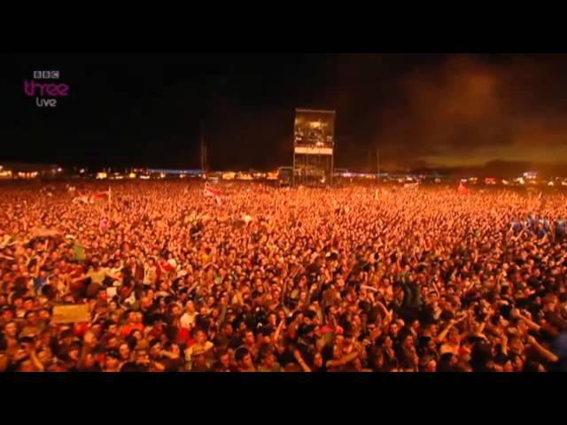 Foo Fighters - The pretender [Live@ReadingLeeds Festival 2012]