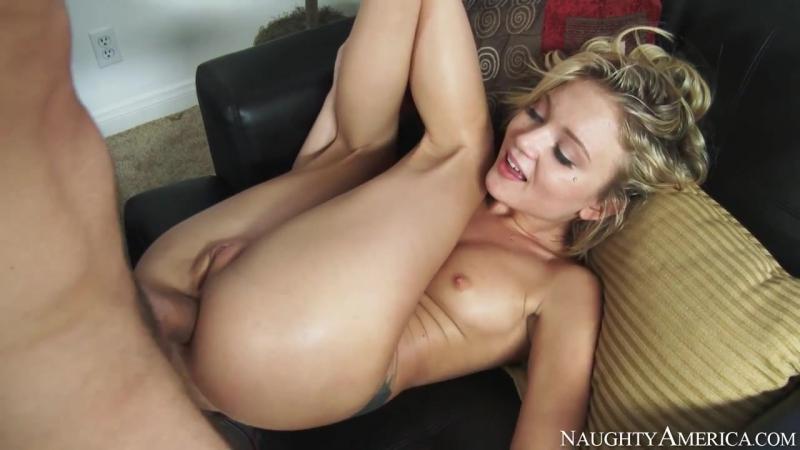 Групповой секс с красивой худенькой блондинкой фото 369-786