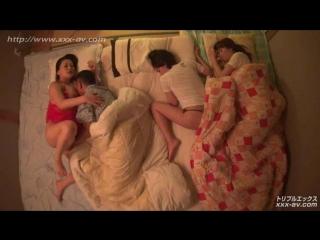 Когда к маме приходит любовник, они думают, что мы с сестрой уже спим 1 (японки,секс,минет,all sex, spy cam, blowjob, cunnilingu