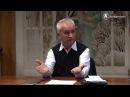 Владимир Зазнобин защищает концепцию перед аудиторией
