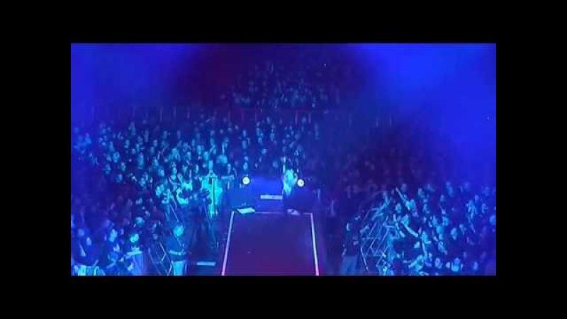 DORO 'Breaking The Law' Judas Priest cover LIVE COVER VERSION