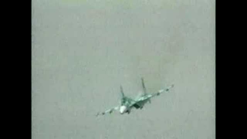 НЛО уничтожает Су 27 UFO vs Su 27 airplane