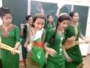 Туркменские ученицы сняли клип. Власти недовольны