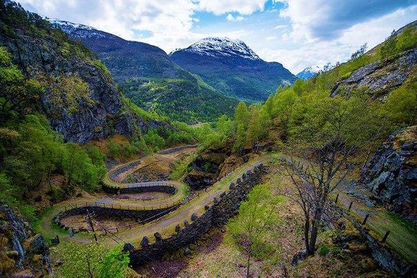Роскошные пейзажи Норвегии - Страница 5 3eZX_iokNSU