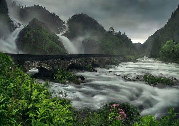 Роскошные пейзажи Норвегии - Страница 5 8fyvfUTFQcw