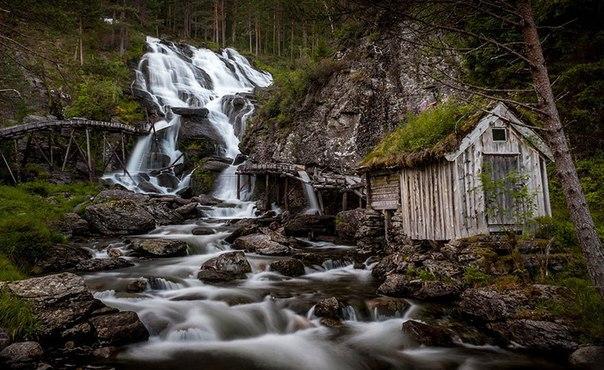 Роскошные пейзажи Норвегии - Страница 5 I3aoomzDmAk