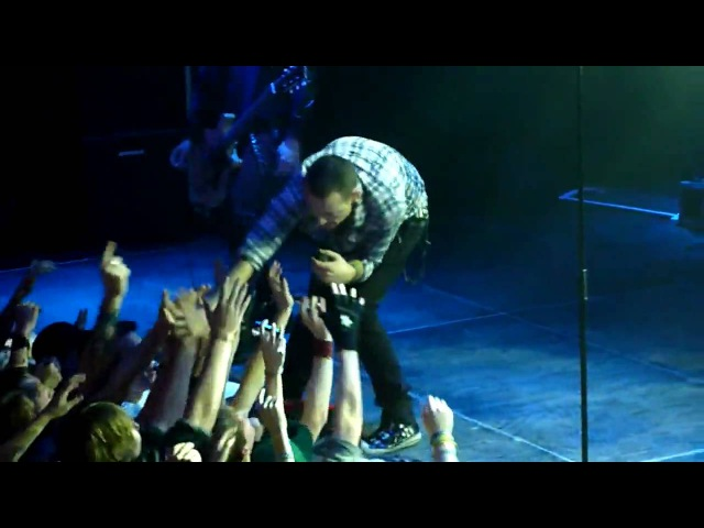 Dead By Sunrise - Walking In Circles (Live In Amsterdam 2010) HD