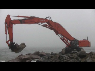Custom Built 155 Tons Hitachi Zaxis 870 LCH Working On A Pier