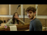 Iwan Rheon & Theon Ramsay THE BEST FRIENDS! (Game of Thrones Musical For Red Nose Day)