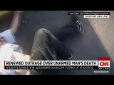 Полицейский застрелил безоружного человека в спину