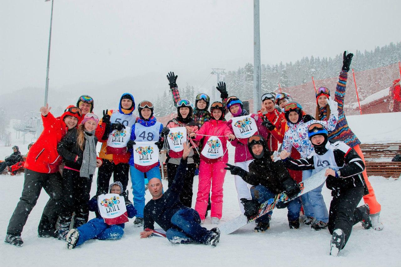 На курорте «Архыз» прошли соревнования по скоростному спуску на горных лыжах среди студентов