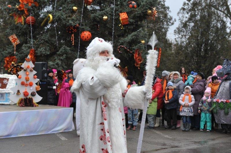 На ТАГМЕТе состоялся праздник «В гостях у Деда Мороза»