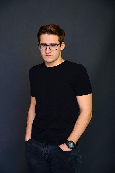 Олег Лобацевич, видеоблогер, летсплеер