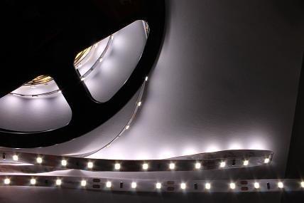 Делаем подсветку потолочных карнизов. 5 правил для выбора светодиодной ленты!