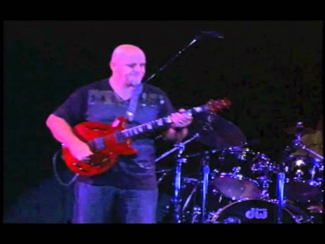Frank Gambale Live in Tokyo - Little Charmer ( Passages album )