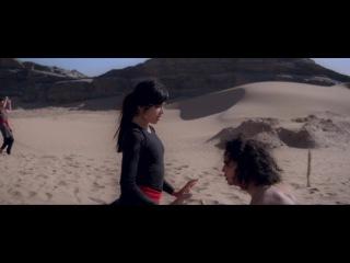 «Танцующий в пустыне» (2014): Фрагмент №1 / http://www.kinopoisk.ru/film/682938/