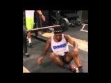 Jon Jones lifting weights from the ground ► HD