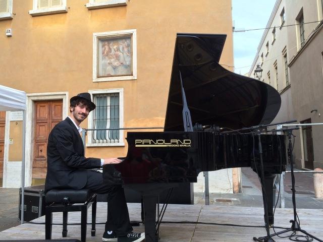 Andrea Carri Vento dell'Ovest live 2015
