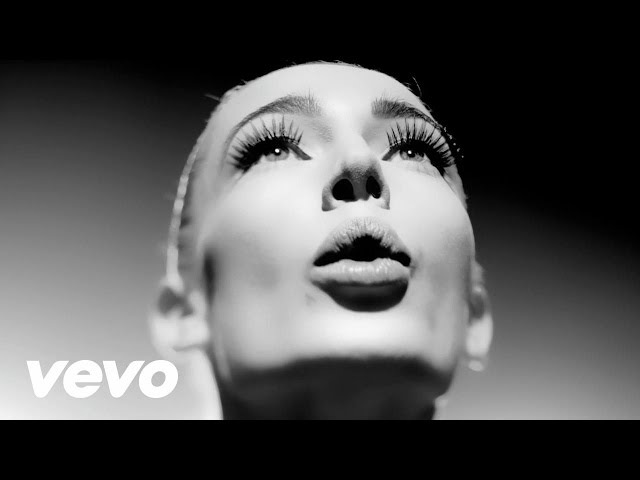 VERONIKA - Ain't Russian Doll