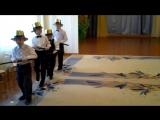 Танец джентельменов с тросточками
