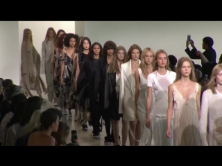 Calvin Klein Collection Womens Spring 2016 Runway Presentation