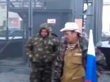 Чеченец красиво поет нашид в Москве