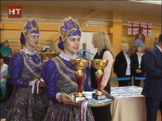 Новгородские спортсмены стали победителями и призерами в международных соревнованиях по акробатике