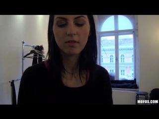 видео секс чешек за деньги на улице