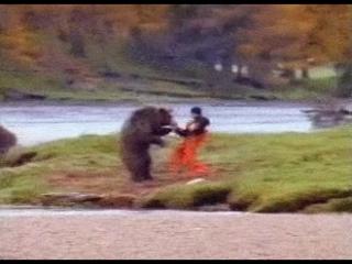 Вырезанный кадр из фильма Выживший