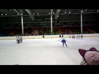 новогодний танец))чику-рику))