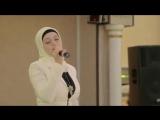 Мусульманка поет,просто класс!!!
