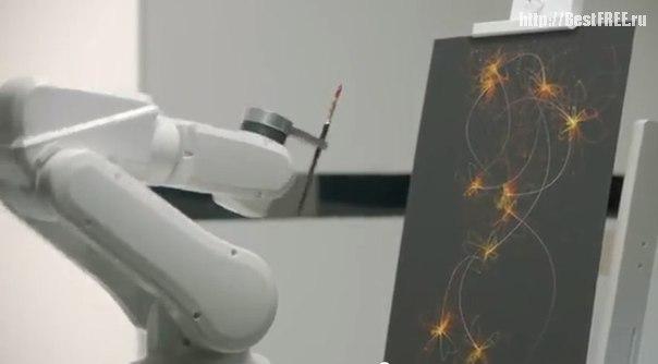 Робот-художник за работой