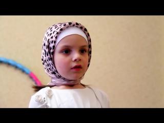 почему мусульманки должны одевать платок (такая сцена была реальной Мухаммад-Али разговаривал так со своей дочкой)