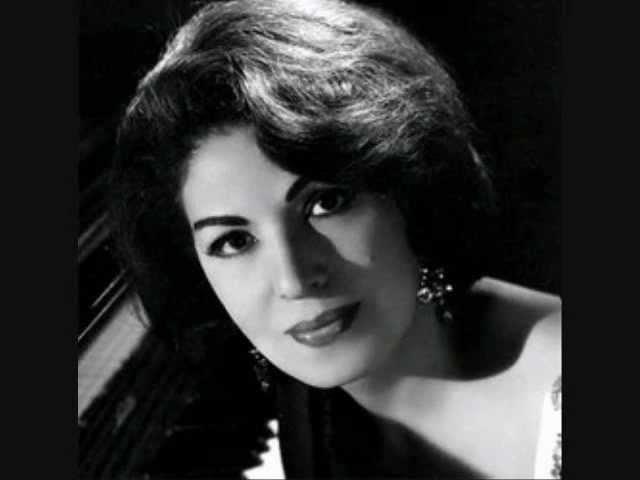Consuelo Velasquez Besame Mucho Original version by Merak online