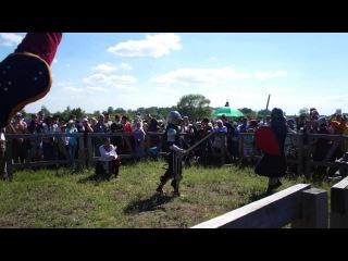Девушки рыцари на турнире фестиваля Сибирский Огонь 2015