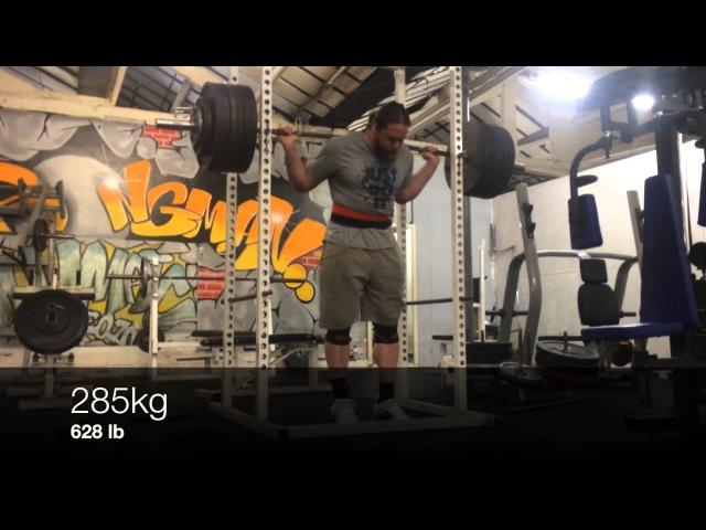 285kg / 628lb squat (belt sleeves) PB