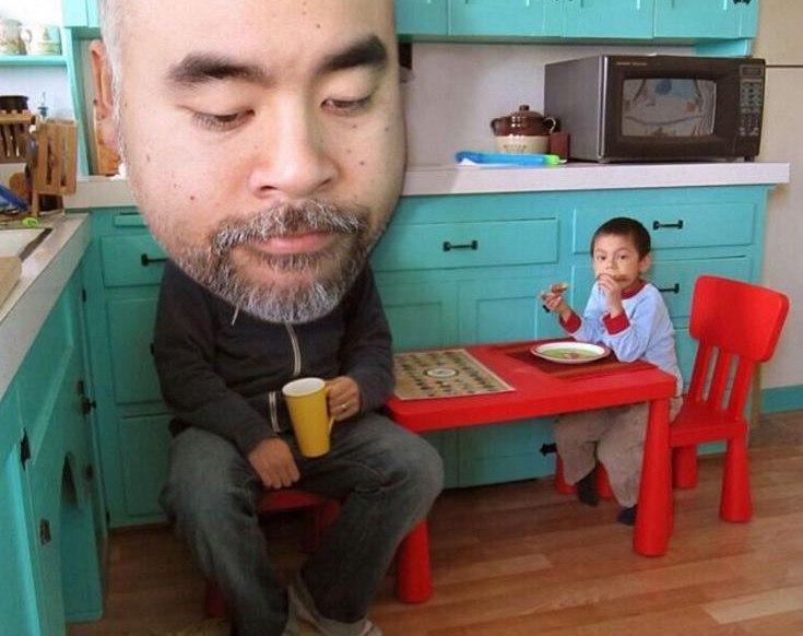 Ден Сантат со своим сыном