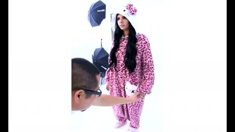 Hanna Beth - Dolls Kill - Sazac Kigurumi Hello Kitty Leopard
