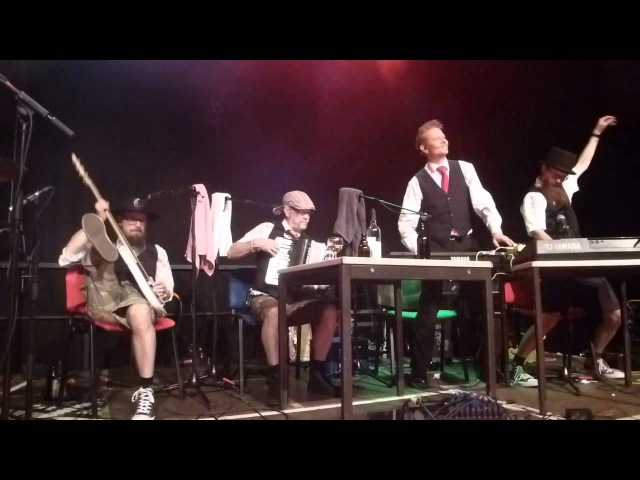 ELÄKELÄISET Päätön Humppa (Enola Gey - OMD-Cover) - live am 22.9.2015 in Wiesbaden