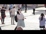 Реакция окружающих на лесбиянок в Москве - Reaction on lesbian couple in Russia