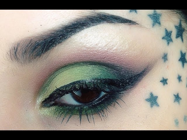 Two Winged Electric Green Eye Looks by Kat Von D | Sephora