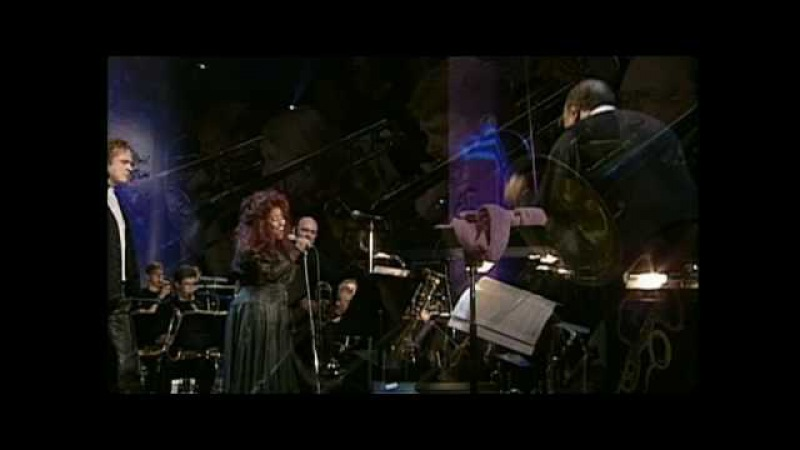 Quincy Jones, Chaka Khan Simply Red live - Everything Must Change