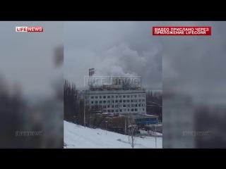 Спасатели тушат пожар на одной из турбин ГРЭС в Самаре