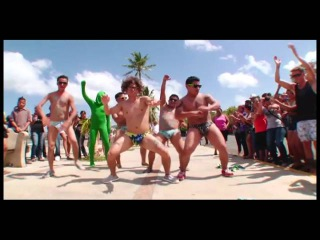 sexy en la playa sexy and i know it   canal 13   video oficial