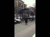 Женщина с отрезаной головой ребенка в руке. Москва 29.02.2016