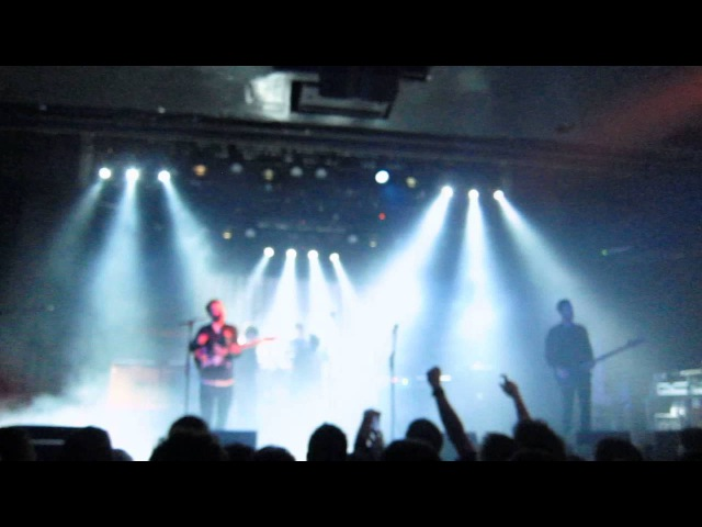 The Maccabees - Spit it out (La Riviera, Madrid, 06/02/2016)