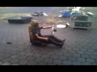 Столько ржал капец)) мотор перегрелся у пацана, ржач полный))