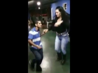 Хорошему танцору ничего не мешает